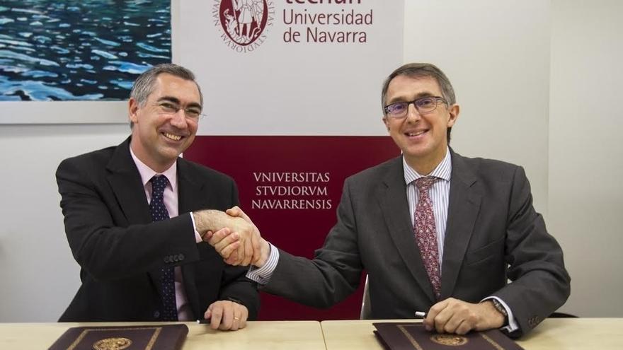 Cinfa y la Universidad de Navarra firman un convenio para reforzar la formación de los estudiantes de ingeniería