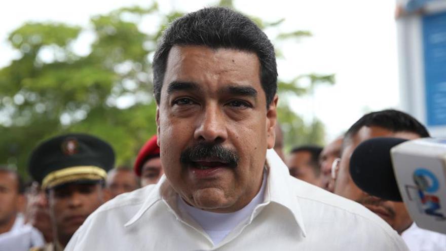 """Maduro dice que la OEA terminará """"hundiéndose en el olvido y el desprecio"""""""