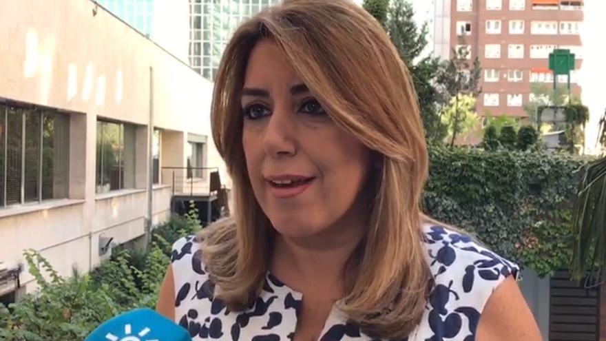 """Susana Díaz """"desea"""" que Puigdemont dé marcha atrás porque """"lo más importante"""" ahora es """"volver al marco de la ley"""""""