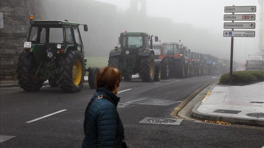 """Los ganaderos están dispuestos a """"quedarse"""" en Lugo porque la leche no sube"""