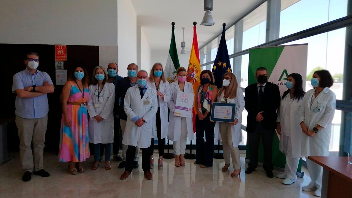 Acreditación del Hospital de Puente Genil como centro contra la violencia de género.