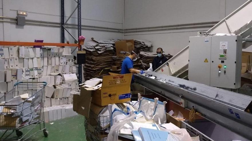 El centro especial de empleo de destrucción de documentos de Fepamic.
