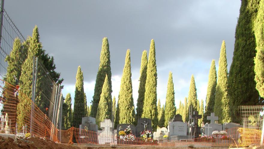 Excavación en el Cementerio de Guadalajara. Foto: José Martínez Peñarroya