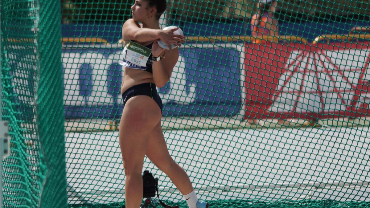 Emma García.