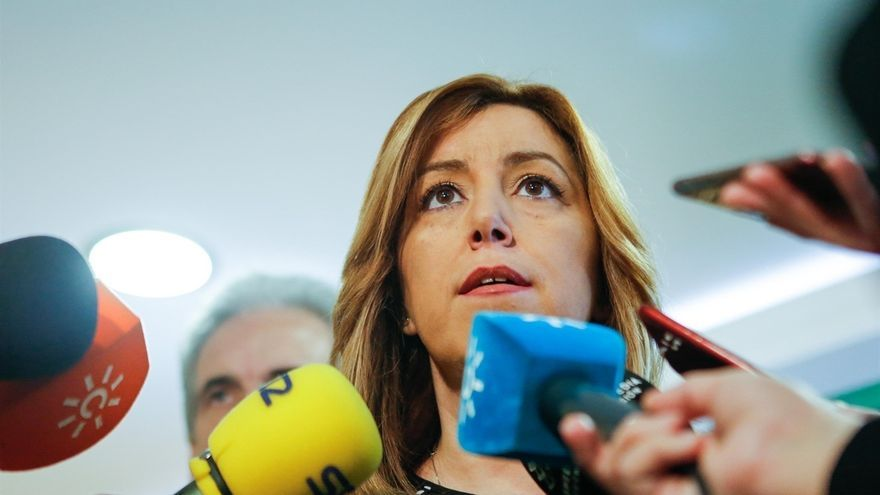 """Susana Díaz acusa al Gobierno de dar un """"doble castigo"""" a Andalucía con """"recortes en PGE y en fondos para empleo"""""""