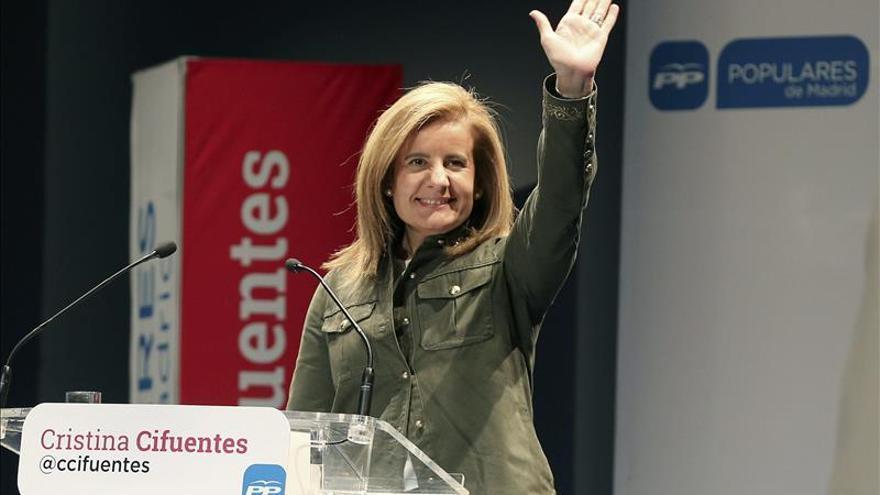 """Báñez desea que se ponga """"mucha ilusión"""" en el voto porque supone el futuro"""