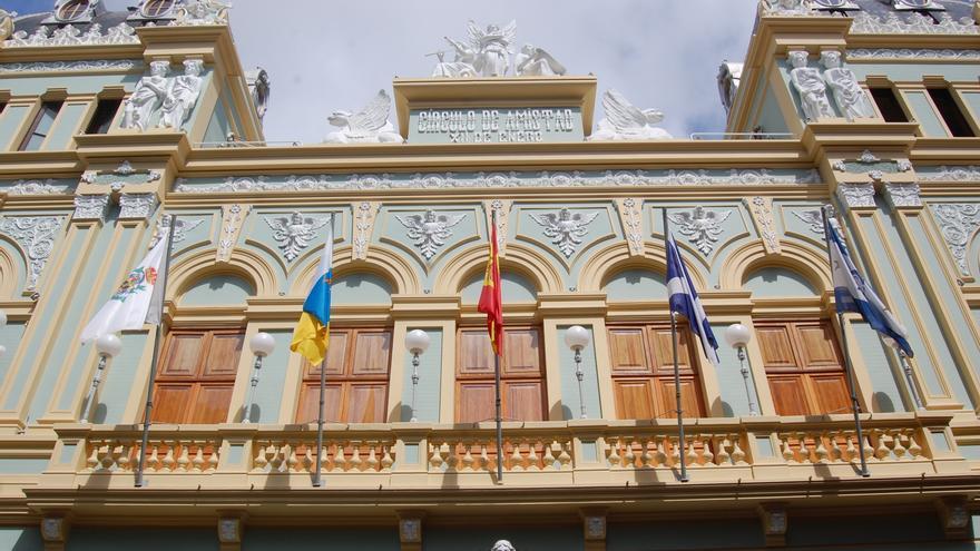 La colección puede visitarse en la Sala de Exposiciones que la entidad social tiene en su sede de la santacrucera calle Ruiz de Padrón