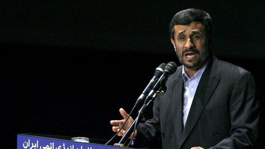 Irán anuncia que moderniza y acelera el enriquecimiento de uranio