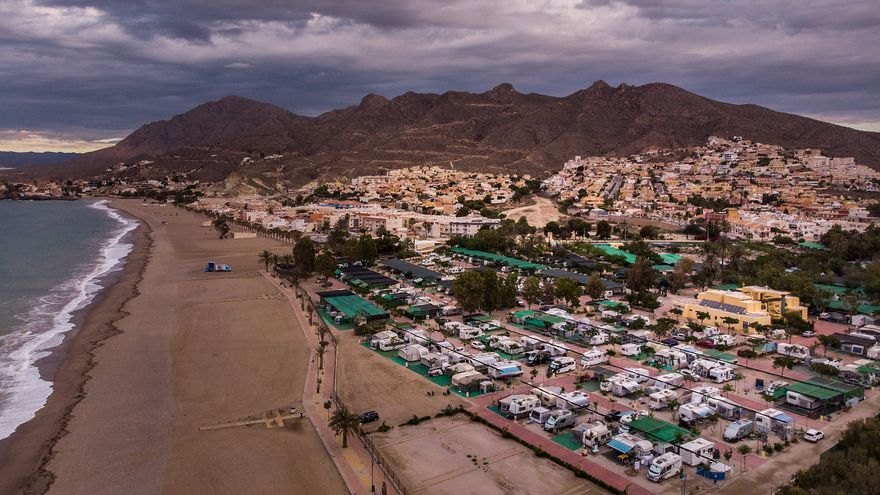 `A toda costa´, informe de Greenpeace que incluye un análisis de la costa en Murcia / Greenpeace