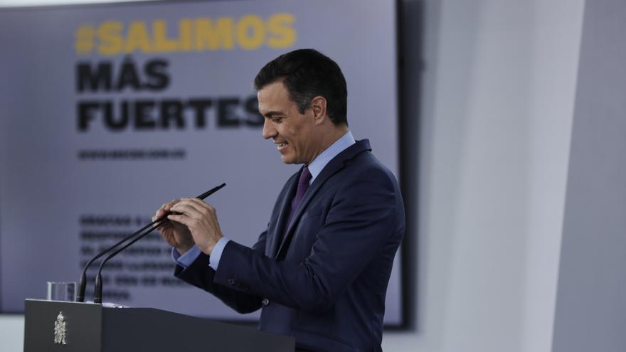 Pedro Sánchez, antes de empezar su comparecencia ante los medios de este martes.