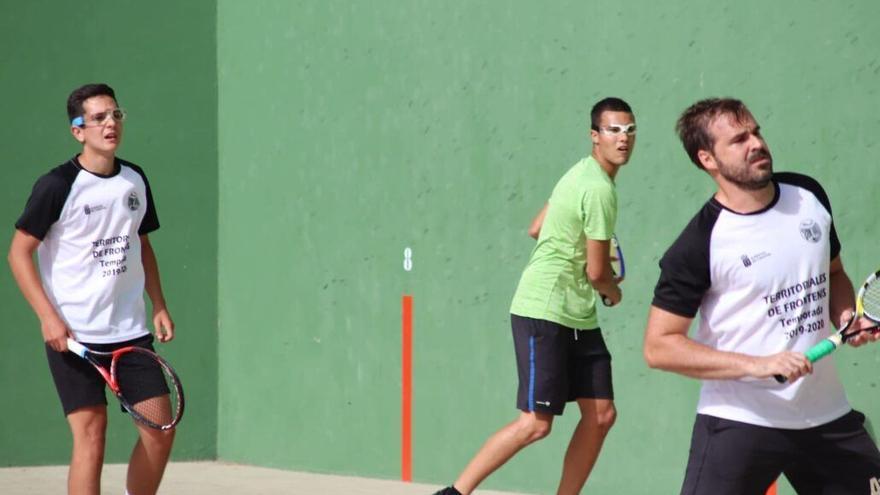 El Máster Territorial reúne en el Círculo a las mejores raquetas de Frontenis Preolímpico