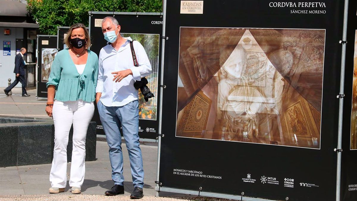 Inauguración de la exposición en Las Tendillas.