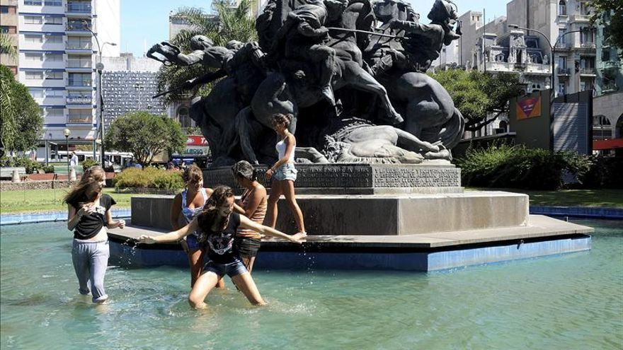 Uruguay emite una alerta naranja por fuertes tormentas tras la intensa ola de calor
