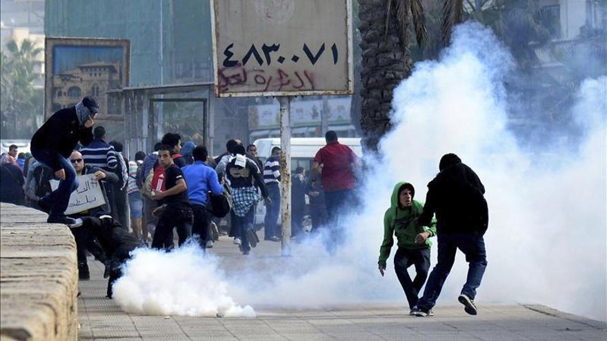 Dos muertos en enfrentamientos con la policía en una manifestación en Egipto