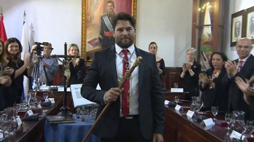 Airam Puerta, nuevo alcalde de Güímar, donde releva a la polémica Carmen Luisa Castro, del PP