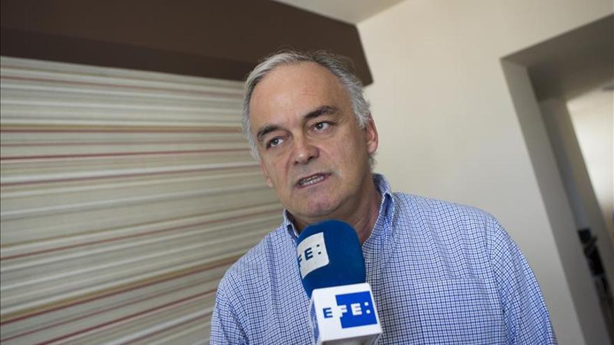 Pons pide a Zapatero que le diga a Maduro que deje de insultar a España