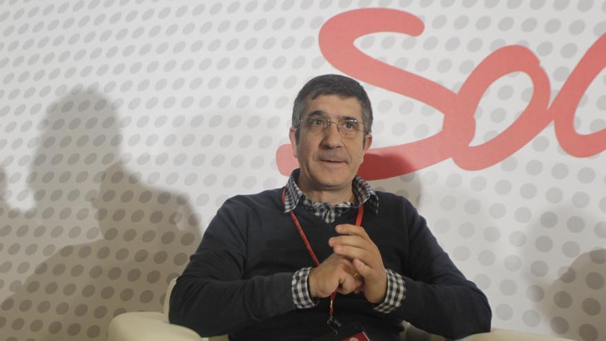 """López espera que no haya """"una connivencia"""" entre PNV y Sortu para """"rentabilizar el abandono del terrorismo de ETA"""""""