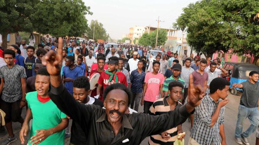 La oposición acepta negociaciones directas con la junta militar en Sudán