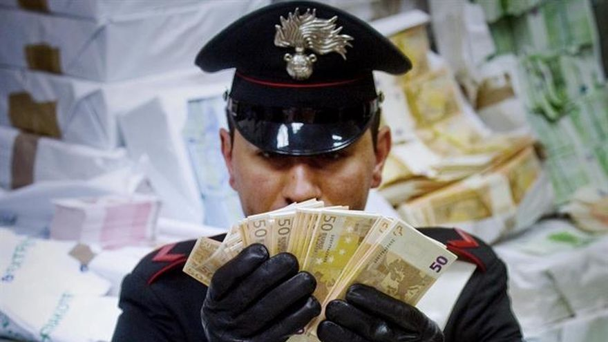 El BCE retira 331.000 billetes falsos en el primer semestre de 2017