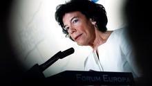 La portavoz del Gobierno, Isabel Celáa, durante el desayuno informativo de Nueva Economía Fórum.