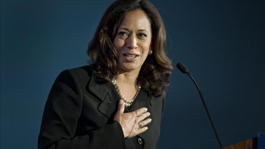 Fiscal de California exige detener iniciativa popular para matar homosexuales