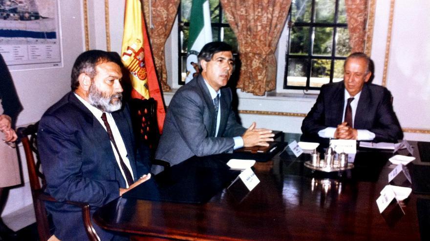 Manuel Ángel Martín con Jacinto Pellón y Manuel Olivencia