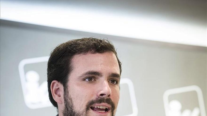 IU seguirá negociando con Podemos una lista única aunque rechace Ahora en Común
