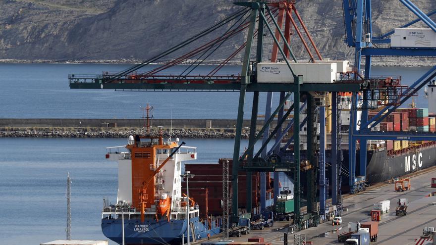 """La Autoridad Portuaria de Bilbao trabaja en un plan de transición energética para ser """"un puerto neutro de carbono"""" para 2050"""