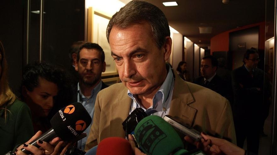 """Zapatero pide """"sensatez"""" para abordar la situación tras la aprobación del procedimiento independentista en Cataluña"""