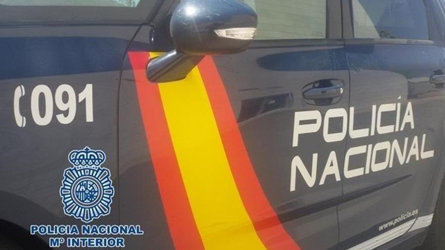 Detenidas diez personas por presuntamente agredir a policías tras frustrar un alijo de droga en La Línea