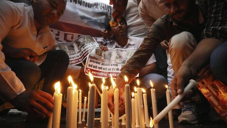 Un policía indio detenido como sospechoso por el ataque en el que murieron siete peregrinos