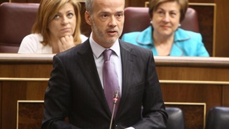 Antonio Camacho, Ministro Del Interior