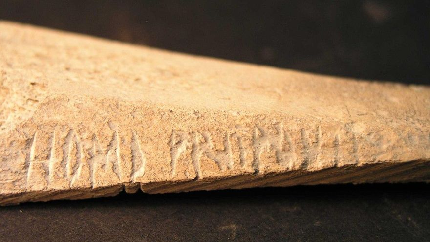 Una de las piezas de Iruña-Veleia
