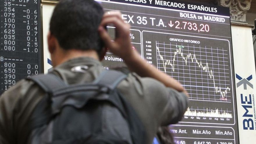 La Bolsa española abre con fuertes pérdidas de más del 2 % por el coronavirus