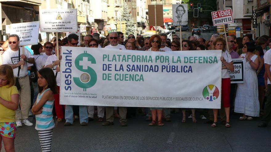 Plataforma por la Sanidad Pública de Cuenca. Foto por www.cuencaalternativa.net