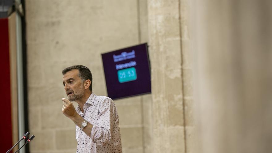 """Maíllo coincide con Garzón y ve a sus ediles como prueba de que """"se puede resistir a las políticas neoliberales"""""""