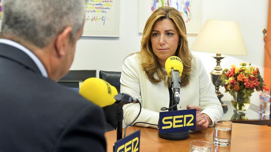 """Susana Díaz recuerda a Pedro Sánchez que la """"política de pactos"""" se decide en el Comité Federal del PSOE"""