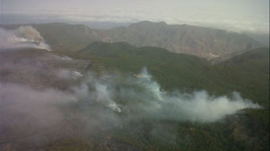 Incendio en la isla de La Gomera. (GOBIERNO DE CANARIAS)