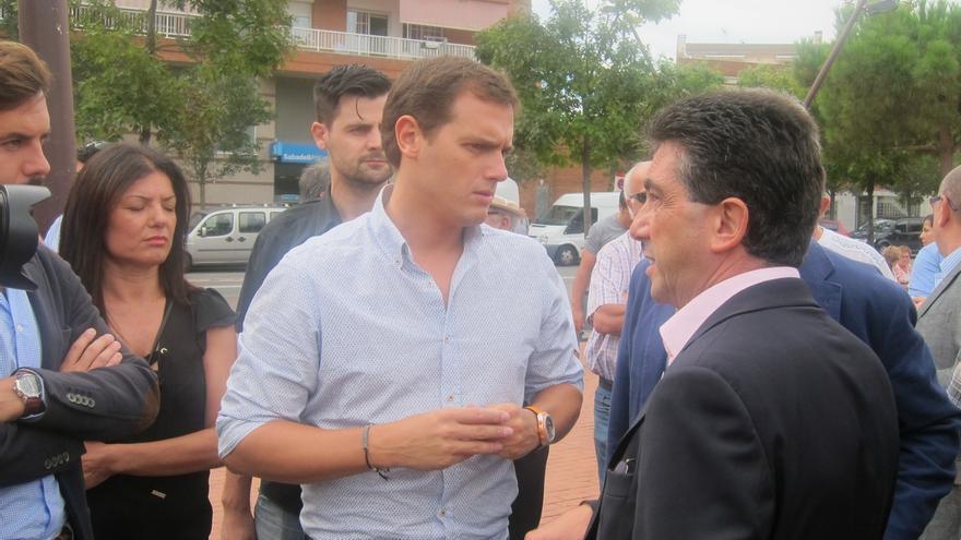 """Rivera dice que Iglesias ignora la realidad catalana al apoyar al """"independentista"""" Rabell"""