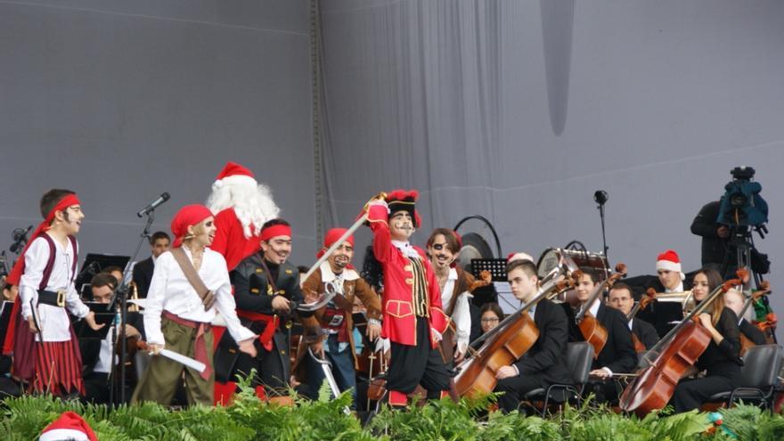 El pirata 'Cabeza de perro', interpretado durante el concierto