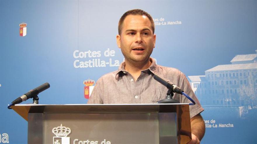 David Llorente de Podemos interviene para valorar a García-Page