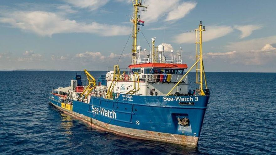 El barco de rescate de Sea Watch.