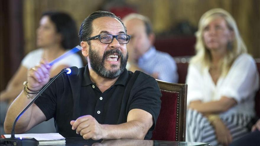 """""""El Bigotes"""" dice que no utilizó sus relaciones con el PP para conseguir Fitur"""