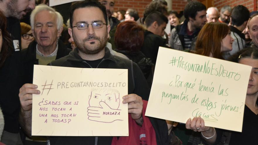 A través del hastag #PreguntarNoEsDelito, los imputados animan a los ciudadanos a mandar sus preguntas a Diego.