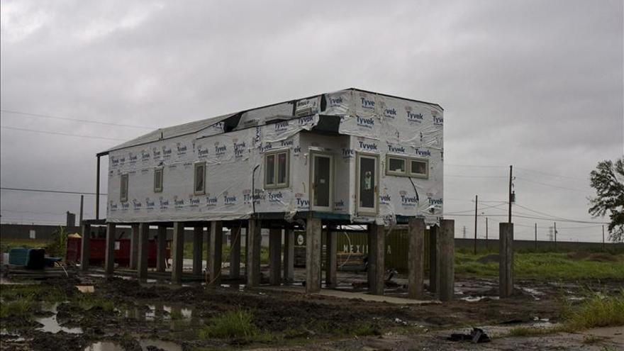 Casas ecológicas financiadas por Brad Pitt tras el Katrina sufren humedades