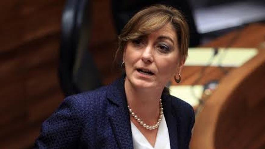 El parlamento asturiano está a la espera de las explicaciones de la consejera de Bienestar Social, Esther Díaz