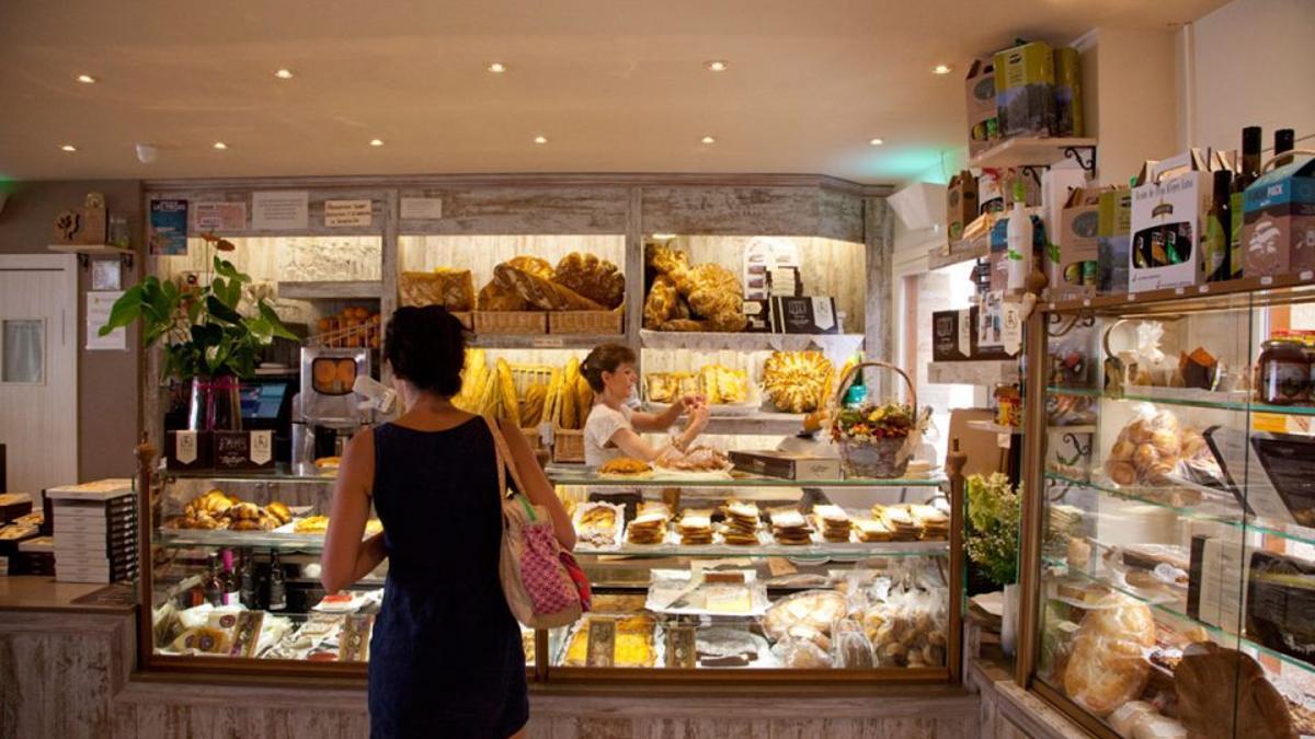 La panadería L'Artica, de Alquézar, es una de las más de cien iniciativas que enlaza la red Minjcha d'Aquí.