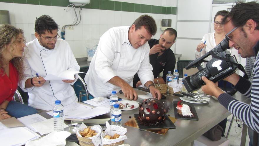 Un momento del concurso de repostería tradicional y creativa.