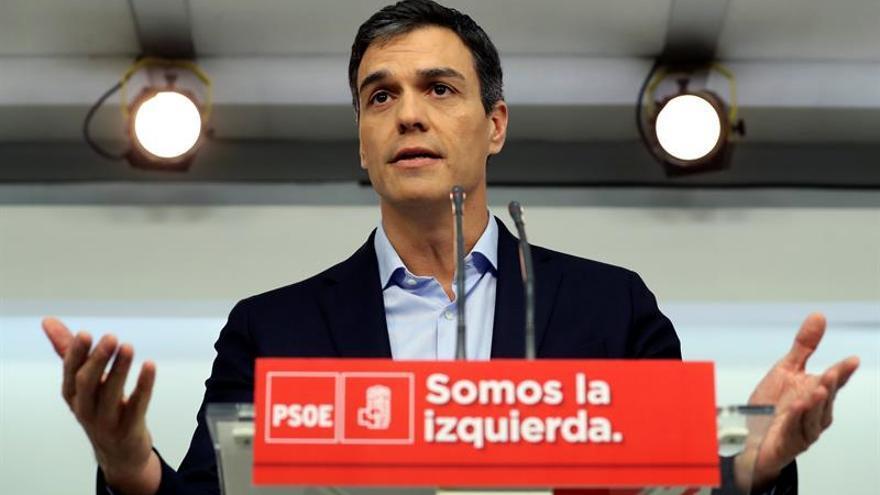 Pedro Sánchez felicita a los nuevos secretarios generales elegidos en primarias