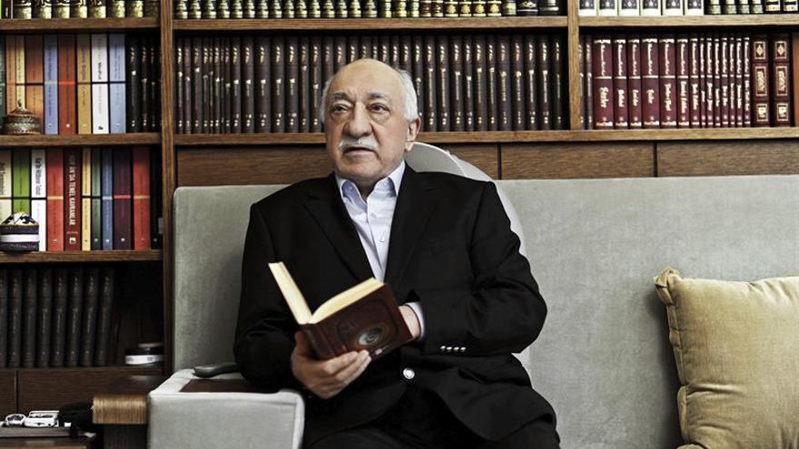 Turquía solicita a EEUU detener al predicador Gülen por la intentona golpista
